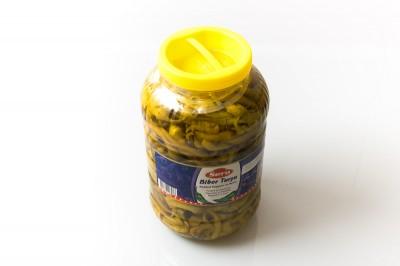 Eingelegte Pepperoni in Salzlake   Artikelnummer8690777203036 Verpackungseinheit4,7 kg